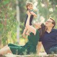 צילום משפחה בטבע באווירה כפרית